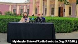 Ройтбурд буде подавати скаргу до касаційної палати Верховного суду України через звільнення з посади