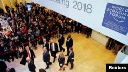 Donald Trump Davosa gəlir
