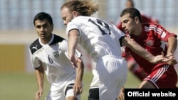 Өзбекстанның футбол командасы Ливан құрамасымен әлем чемпионатының іріктеу матчында ойнап жатыр. Бейрут, 8 маусым 2012 жыл. Сурет ФИФА-ның ресми сайтынан алынды.