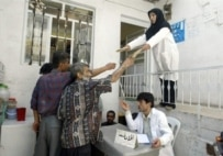 An NGO handing out clean syringes to drug addicts in southern Tehran (AFP