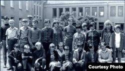 """Герои фильма «Дети из Гольцоу» начали учебу в школе в 1961 году. [Фото — <a href=""""http://www.kinder-von-golzow.de/"""" target=_blank>Die Kinder von Golzow</a>]"""