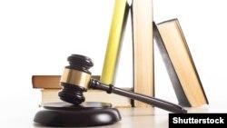 Адвокату Олексію Несвітайлу зламали щелепу, вибили зуби, у нього струс мозку
