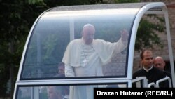 Папа римский Франциск в Сараево