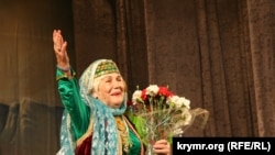 Актриса довоенного крымскотатарского театра Айше Диттанова. Симферополь, 2008 год