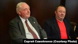 Ник Ильин (слева) и Сергей Лисицкий. Новосибирск. 2013 г.