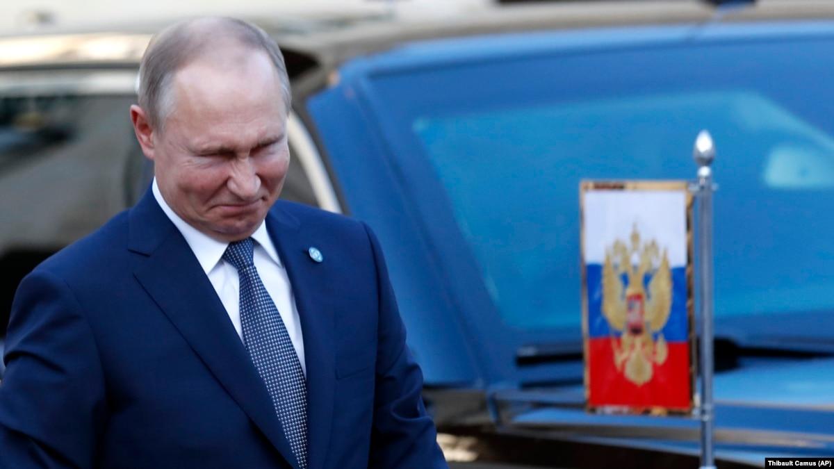 «Вместо Путина приехала неудачная версия двойника»: соцсети о встрече «нормандской четверки»