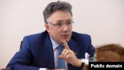 Татарстан - Яңа гасыр телерадиоширкәте җитәкчесе Илшат Әминов