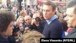 """Алексей Навальный в лагере движения """"Оккупай Арбат"""""""