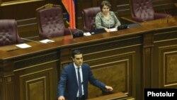 Armenia - Arman Tatoyan is sworn in as human rights ombusman, 23Feb, 2016