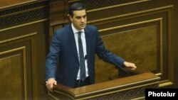 Armenia - Armenia's new human rights ombudsman Arman Tatoyan addresses the National Assembly, 23Feb2016