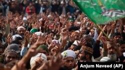 Proteste ale suporterilor partidului Tehreek-i-Labaik Ya Rasool Allah, Islamabad, 27 noiembrie 2017