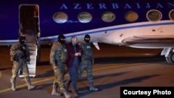 Александр Лапшин в аэропорту Баку, 7 февраля 2017 г.