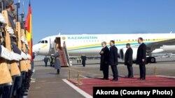 Во время церемонии встречи Касым-Жомарта Токаева в аэропорту. Москва, 3 апреля 2019 года.