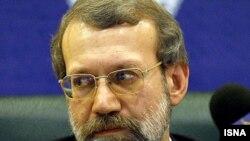 على لاريجانى اعلام كرد كه مجلس شوراى اسلامى ايران بازسازى بناى «پارلمان فلسطينى» در غزه را بر عهده مى گيرد.