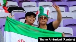 Iranske navijačice poziraju pred polufinalni meč azijskog Kupa AFC-a 2019. između Japana i Irana u Ujedinjenim Arapskim Emiratima u januaru.
