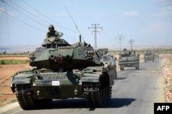Турецкие танки на севере Сирии, сентябрь 2016 года