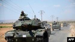Turski tenkovi u Siriji u blizini grada Al Raija