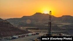 نمایی از میدان نفتی آزادگان که با عراق مشترک است.