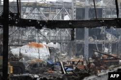 Зруйнований внаслідок бойових дій термінал Донецького аеропорту, 16 жовтня 2014 року