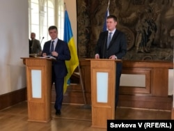 Вадим Пристайко і Томаш Петржічек на спільній пресконференції у Празі