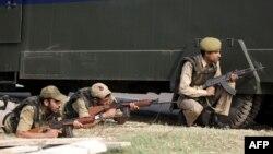 Policia e Indisë gjatë një aksioni të mëparshëm