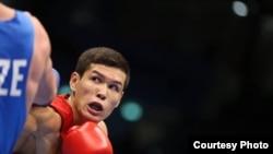 Казахстанский боксер Данияр Елеусинов.