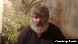 Освобождение Батыра Пухаева прошло почти незаметно. Сам бывший парламентарий весь день был недоступен для комментариев