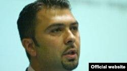 Поранешен директор на Управата за спречување перење пари и финансирање на тероризам Ване Цветанов.