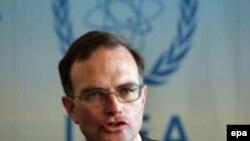 نماینده آمریکا در آژانس بین المللی انرژی اتمی توضیح داد که برآورد سرعت دستیابی جمهوری اسلامی به سلاح های هسته یی به میزان یاری های فنی یی که ایران از خارج دریافت می کند بستگی دارد .