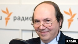 Russia -- Andrey Ostalsky - chief of the russian service of BBC, Moscow studio, 27Nov2008