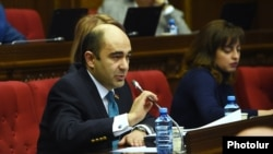 Armenia - Edmon Marukian, a leader of the opposition Yelk alliance, speaks during a parliament session in Yerevan, 6 February 2018.