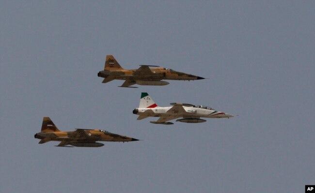 Avionët luftarakë iranianë.