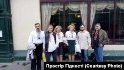 Представители украинской общины в Москве (фото предоставлено Украинским центром ненасильственного общения и примирения)
