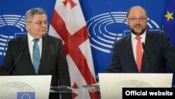 «Процесс идет по плану», – заявили на совместной пресс-конференции спикер парламента Грузии Давид Усупашвили и президент Европарламента Мартин Шульц
