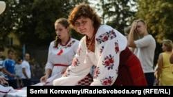Майстриня петриківського розпису Галина Назаренко