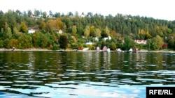 «Между двумя домами здесь [в Норвегии] или гора, или тот же фиорд», - писал Илья Эренбург.
