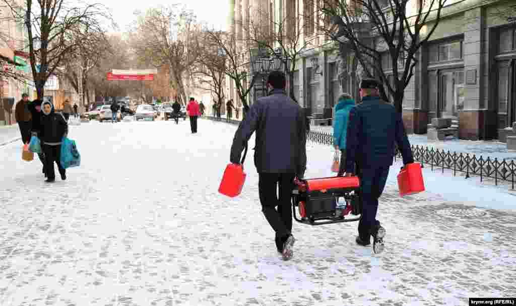 У Сімферополі випав сніг, 30 грудня 2015 року