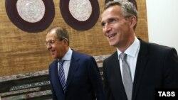 Ռուսաստանի արտգործնախարար Սերգեյ Լավրովը և ՆԱՏՕ-ի գլխավոր քարտուղար Յենս Ստոլտենբերգը, արխիվ