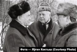 Тройка народных мастакоў: Віктар Грамыка, Леанід Шчамялёў, Уладзімер Тоўсьцік