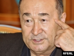 Амалбек Тшан, Алматыдағы республикалық спорт колледжі директоры.
