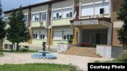 Болницата во Дебар