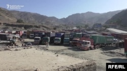 Trucks stranded at the Torkham border crossing