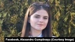 Alexandra Măceșanu a fost ucisă la o oră și un sfert după ce a sunat la 112 să anunțe că este răpită și violată, după ce părinții ei anunțaseră autoritățile de dispariția ei