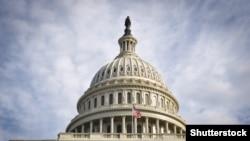 У Капитолия в Вашингтоне. Иллюстративное фото.