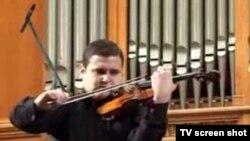 Ilian Gârneț, la Concursul de vioară David Oistrach