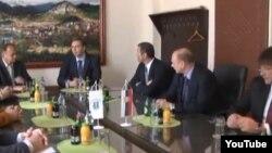 Takim i përfaqësuesve të srbëve të Kosovës me nënkryetarin e qeverisë serbe, Aleksandër Vuçiq, foto nga arkivi