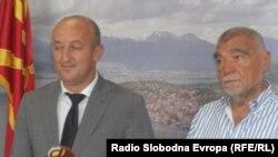 Поранешниот хрватски претседател Стипе Месиќ во посета на Охрид, се сретна со охридскиот градоначалник Никола Бакрачески.