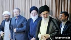 Ирандын руханий лидери Али Хаменеи.