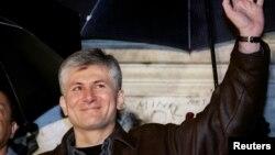 Zoran Gjinigjiq, maj 1998.