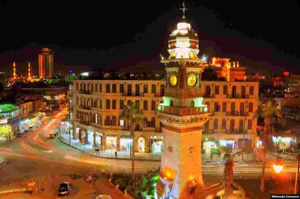 Saatlı Bab al-Faraj qülləsi